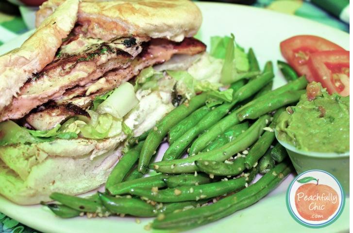 rthomas-chicken-sandwich