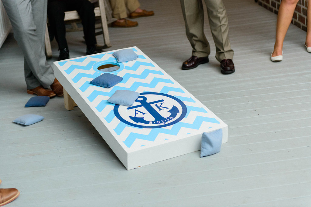 peachfully-chic-low-country-wedding-cornhole-3