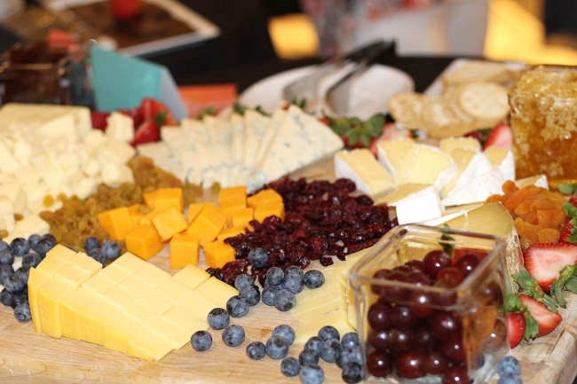 Peachfully-Chic-Le-meridien-perimeter-atlanta-cheese-1