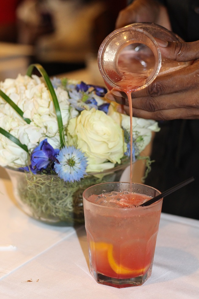 Peachfully-Chic-Sweet-Auburn-Seafood-Review-ciroc-cocktail-3