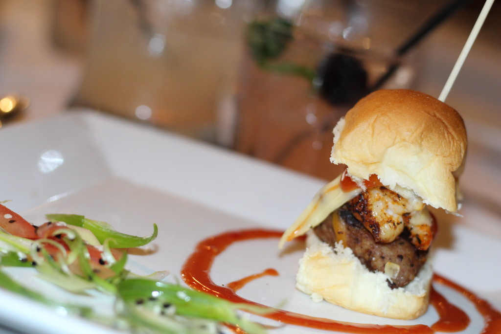 Peachfully-Chic-Sweet-Auburn-Seafood-Review-slider-food