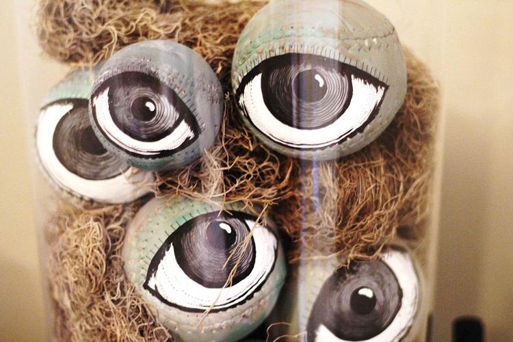 diy-halloween-decor-softball-eyeballs-grandin-road-peachfully-chic-6