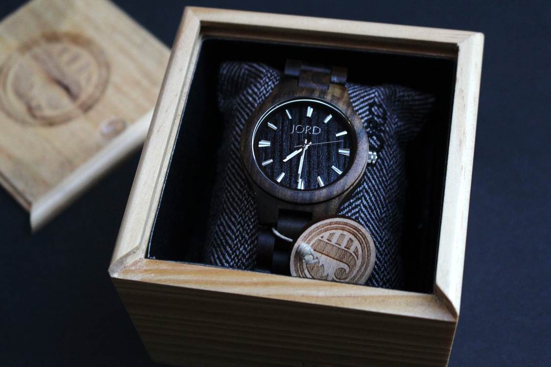 jord-wooden-timepiece-Peachfully-Chic-Review