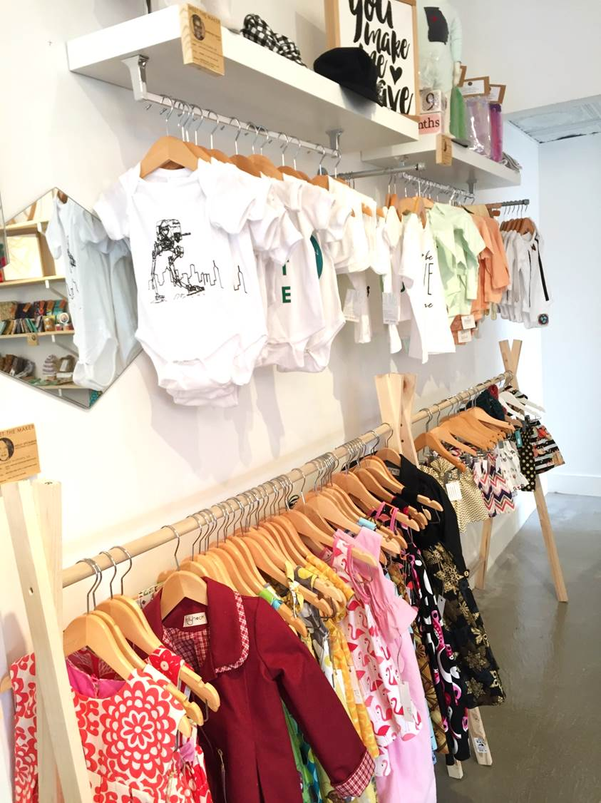 the-beehive-atlanta-review-pop-up-shop-vinings-Peachfully-Chic-4