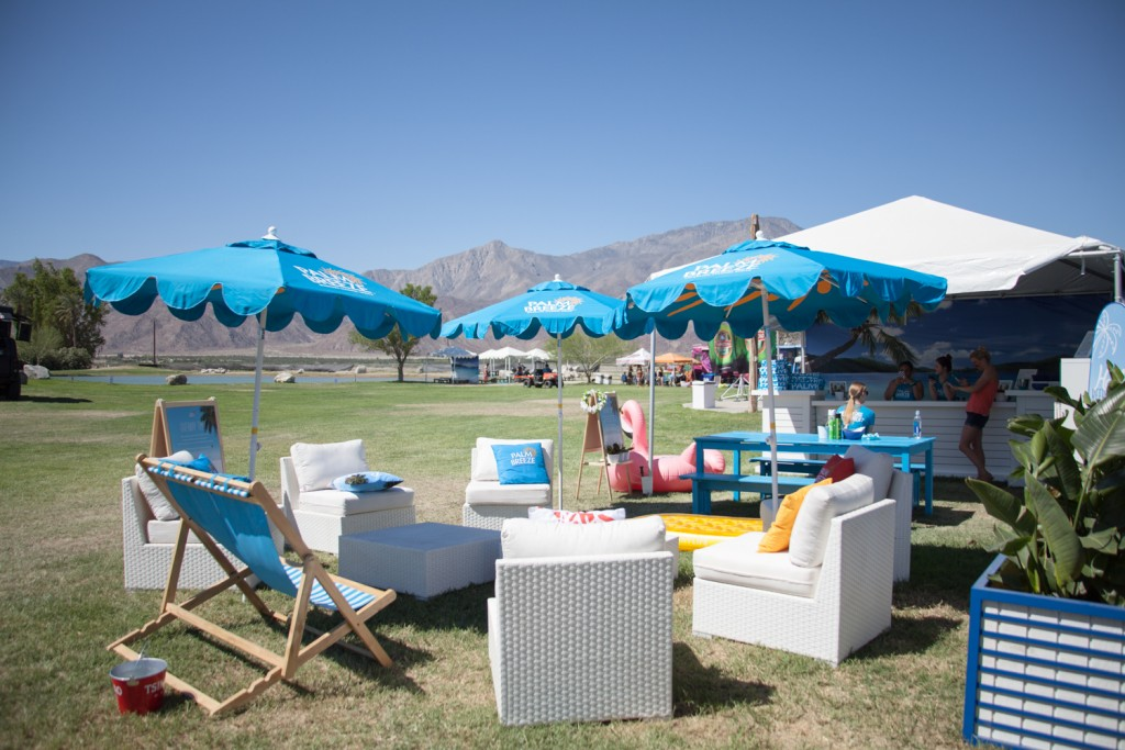 Coachella-Recap-Behind-The-Scenes-Palm-Breeze-Tent-20