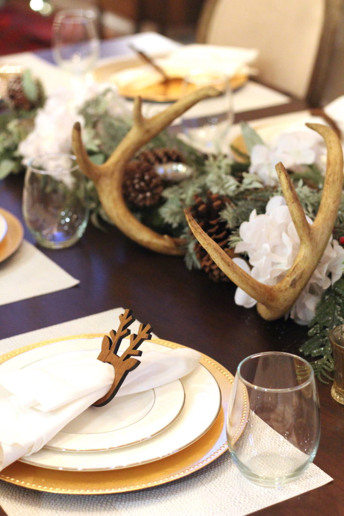 Christmas-Tablescape-Deer-Antlers-1