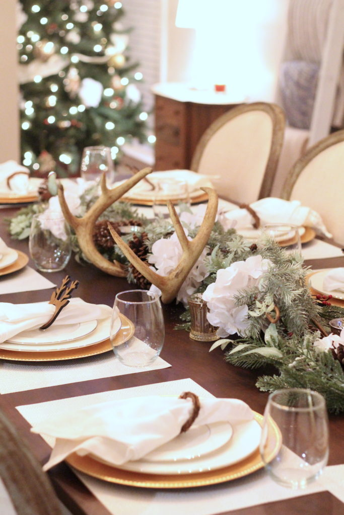 Christmas-Tablescape-Deer-Antlers-4