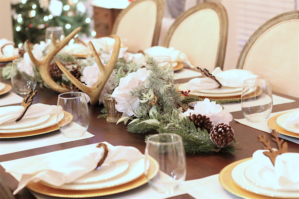 Christmas-Tablescape-Deer-Antlers-8