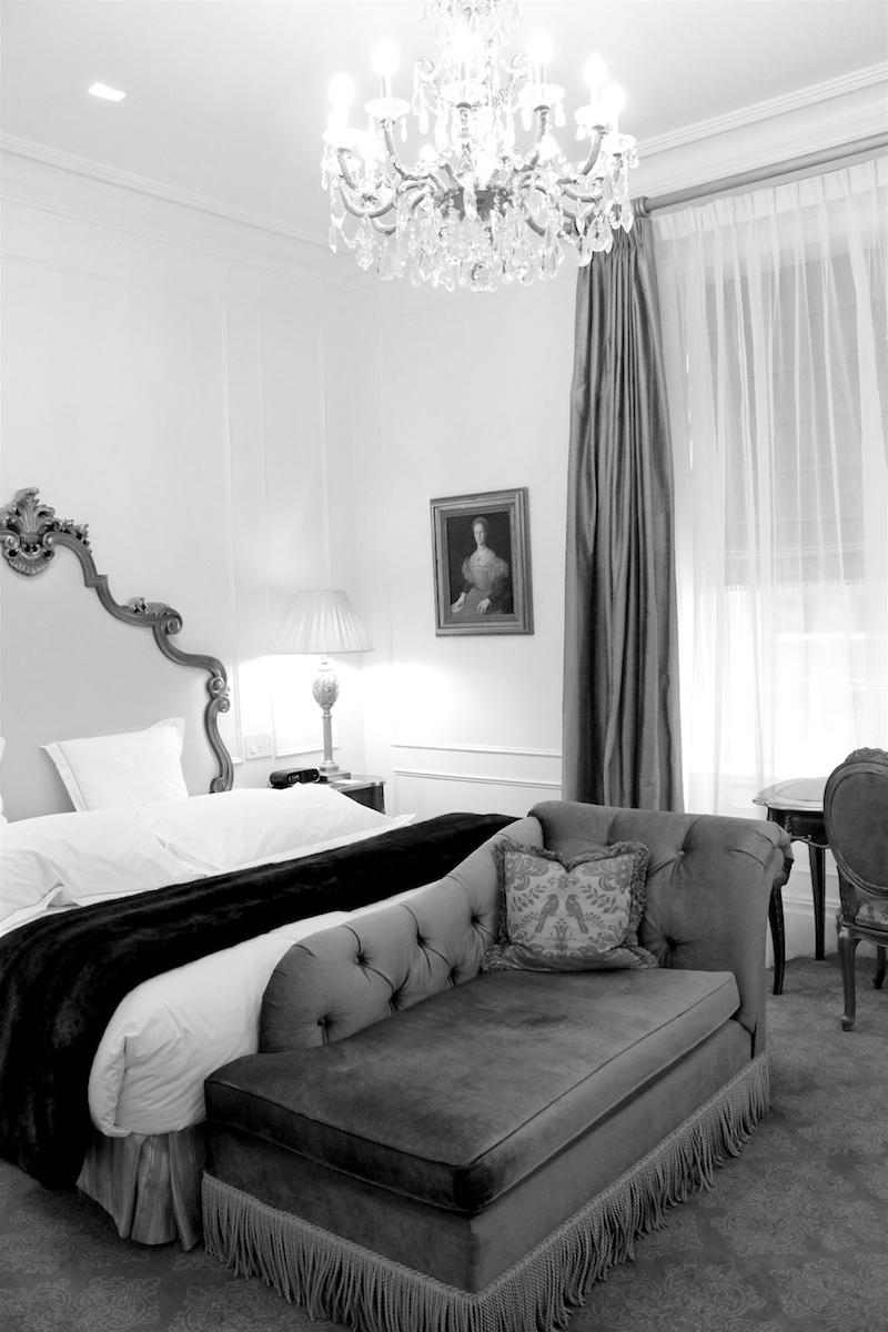 The-Plaza-Hotel-Room-2