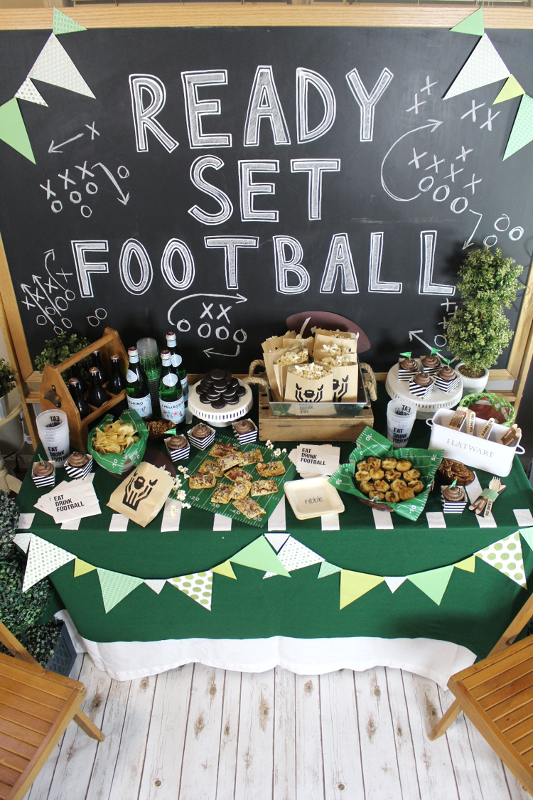 Football-Draft-Party-Tailgate-Decorations-19