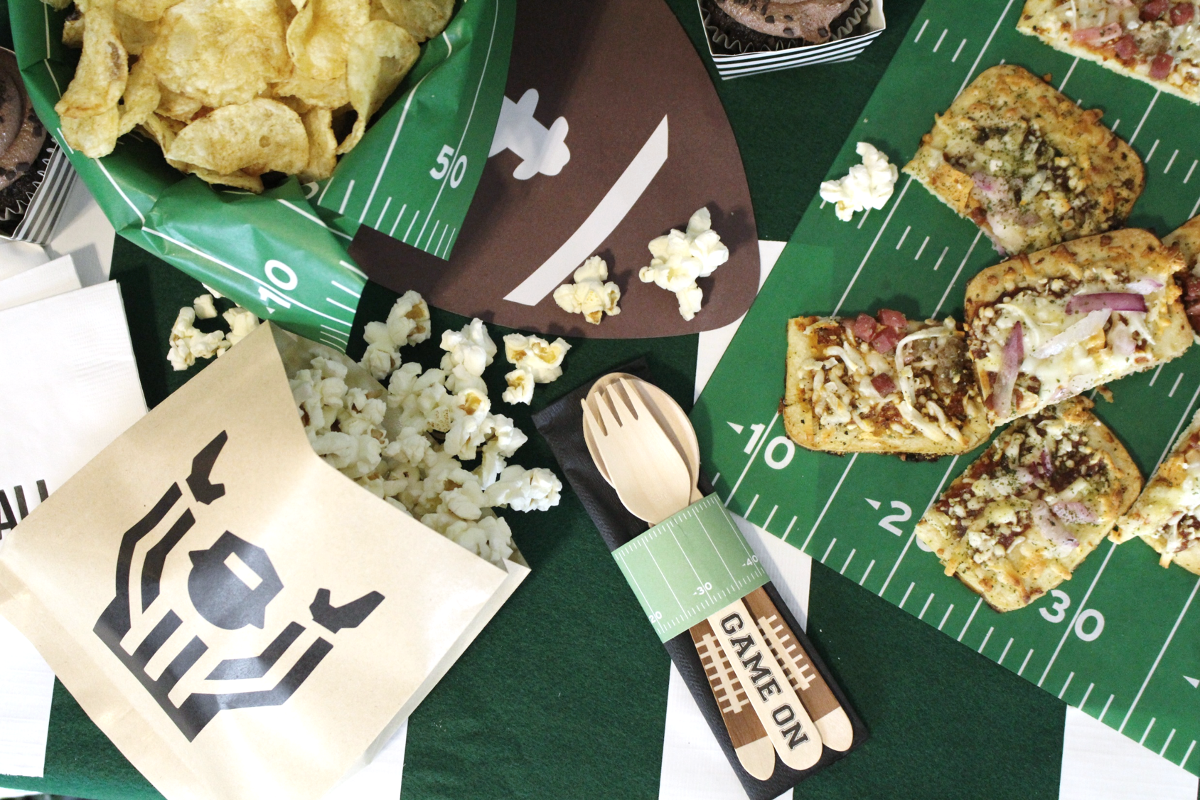 Football-Draft-Party-Tailgate-Decorations-22