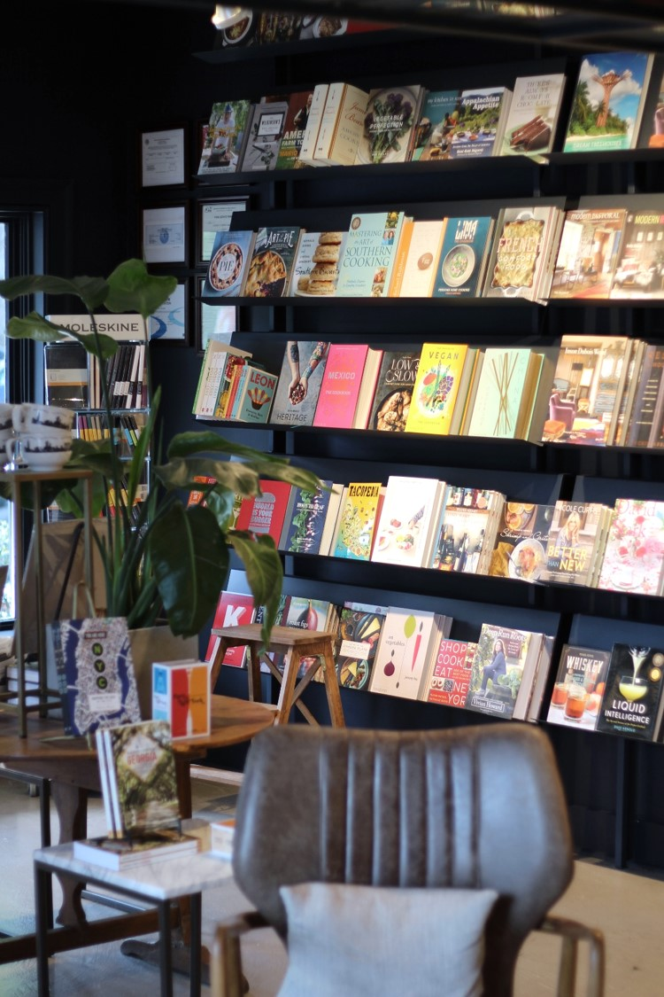Read-Shop-Bookstore-Vinings-2