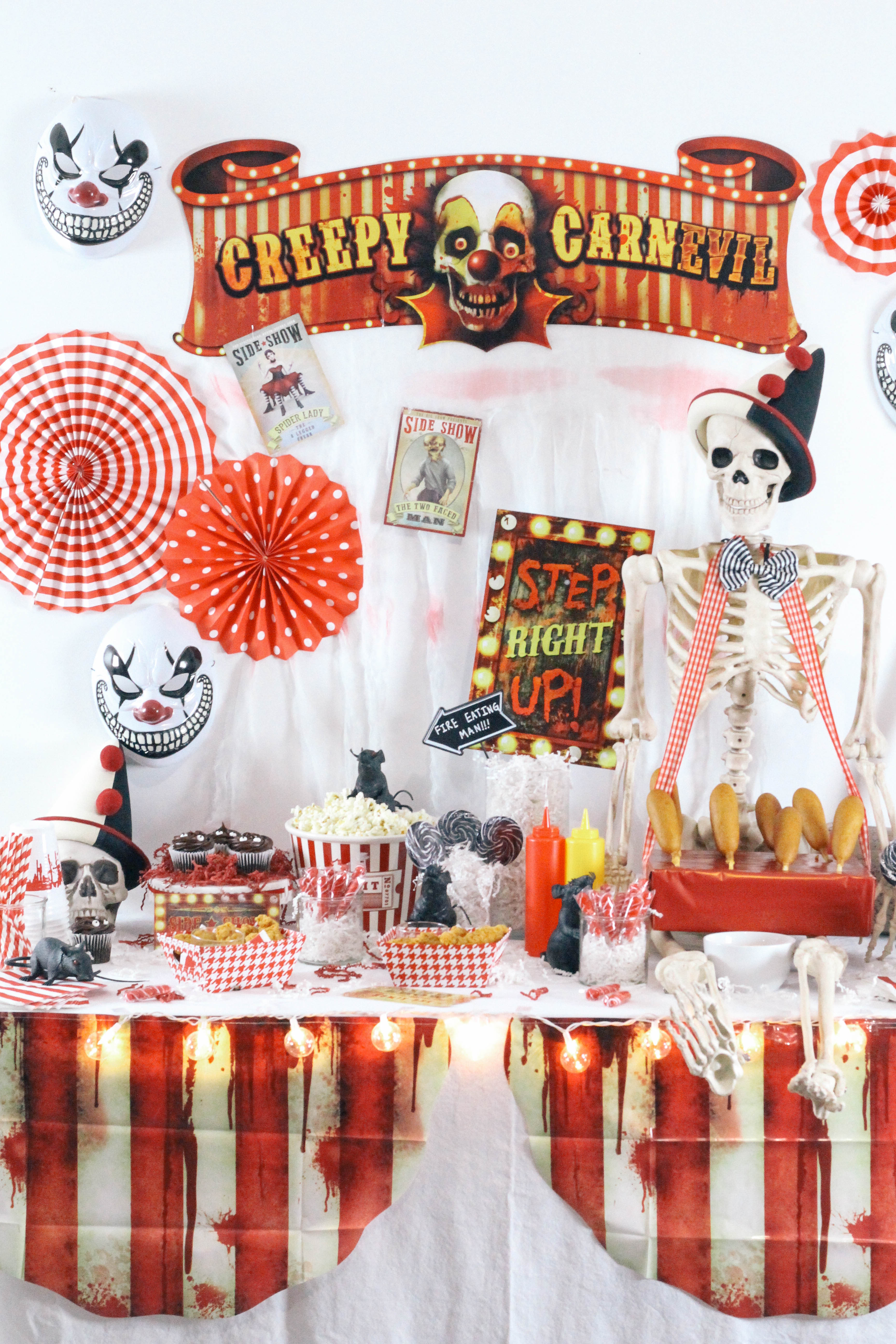 Halloween-Carnival-CarnEVIL-themed-party-tablescape-3