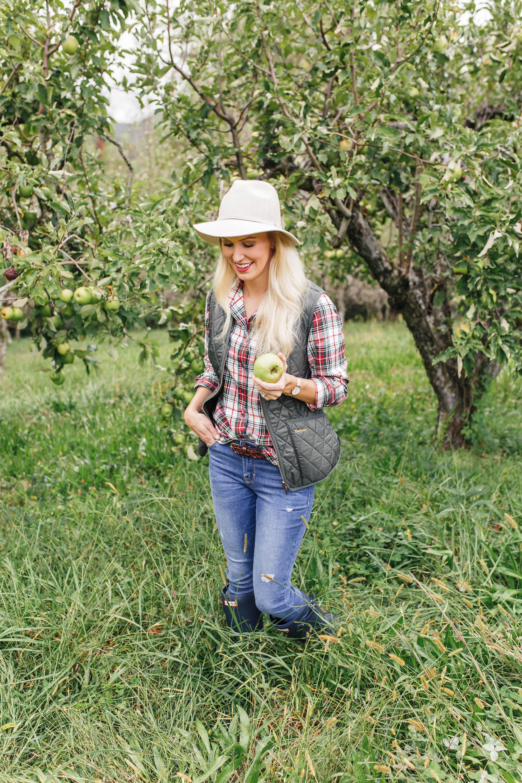 Allison-Cawley-Fall-Essentials-Peachfully-Chic-8