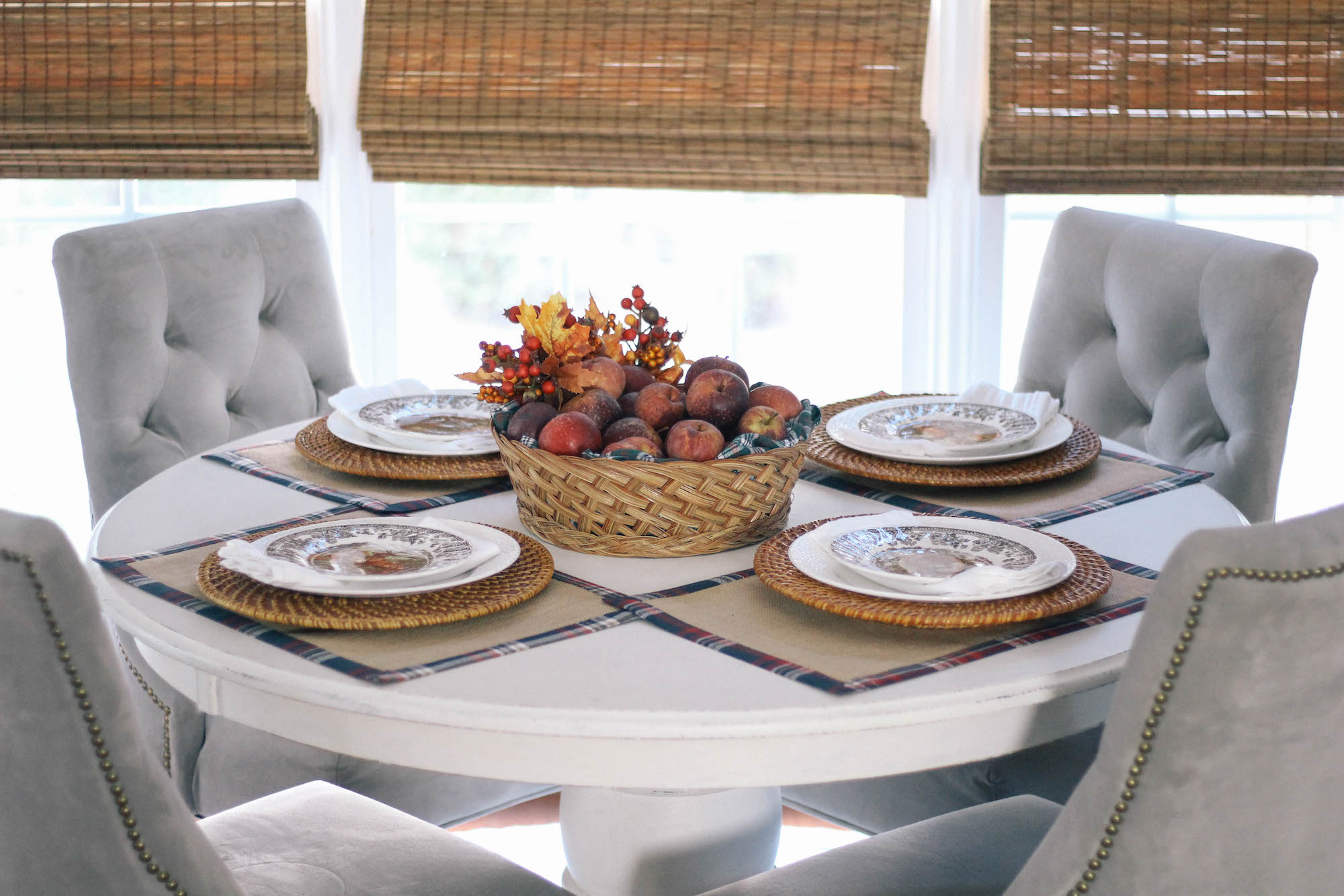 Fall-Tablescape-Animal-Game-China-apple-centerpiece-gray-colors-4
