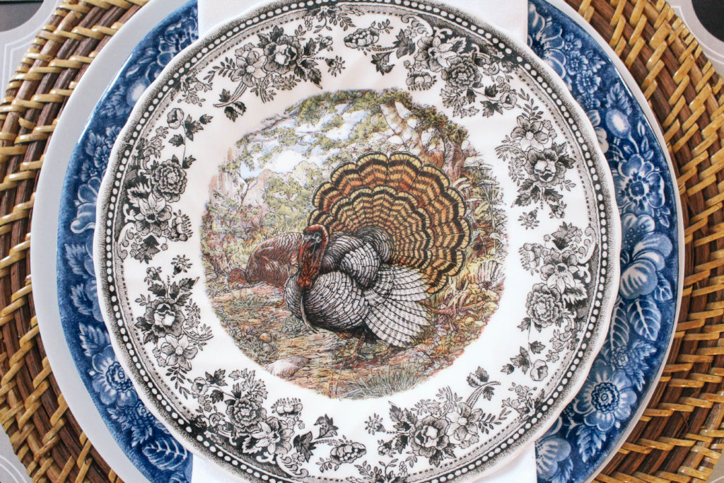 Thanksgiving-Tablescape-Ginger-Jars-Animal-Game-Plate-China