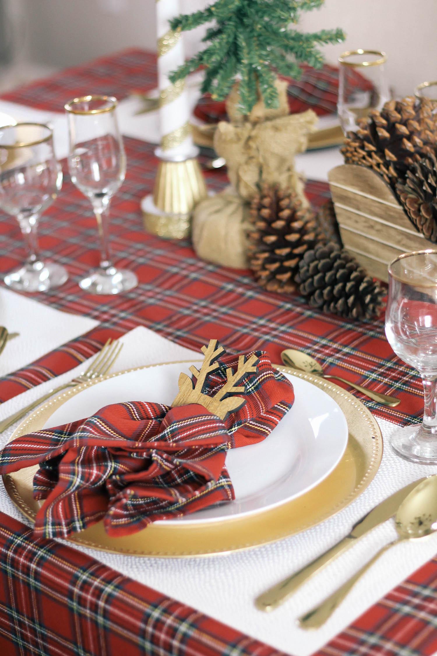 Christmas-Tablescape-Red-Plaid-Decor-12