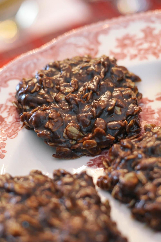 no-bake-chocolate-oatmeal-cookies-3