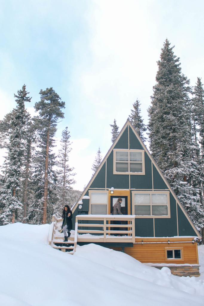 Breckenridge-colorado-airbnb-cabin-rental-1