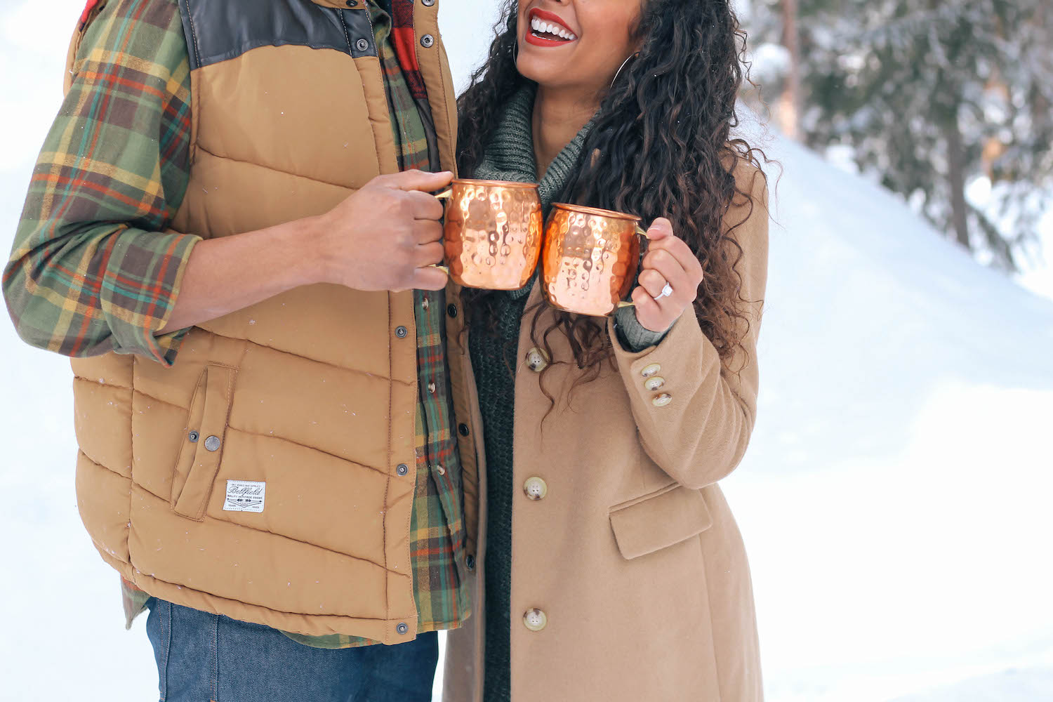 snow-engagement-photoshoot-couple-proposal-cold-weather-4